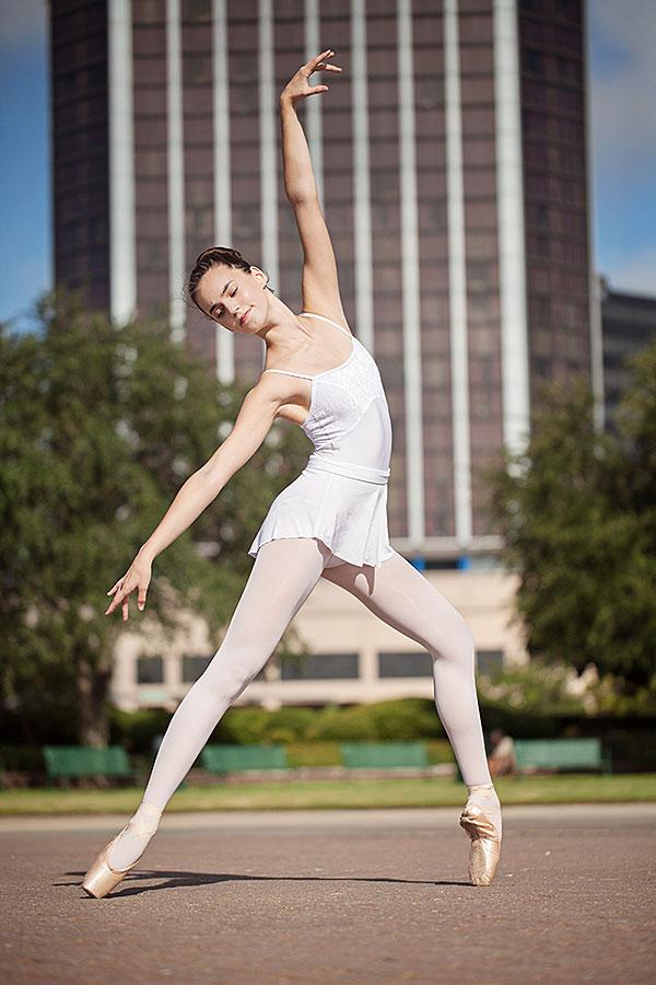 Contact Mobile Ballet